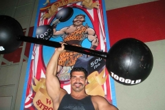 strong-man-barbells