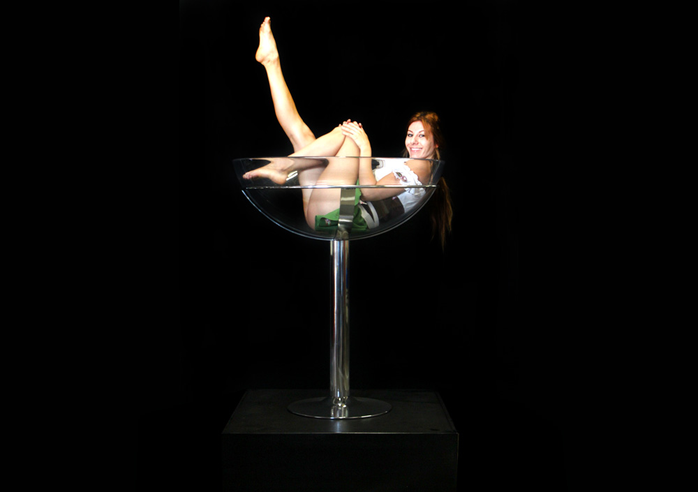 Giant Martini Champagne Glass 171 Los Angeles Partyworks
