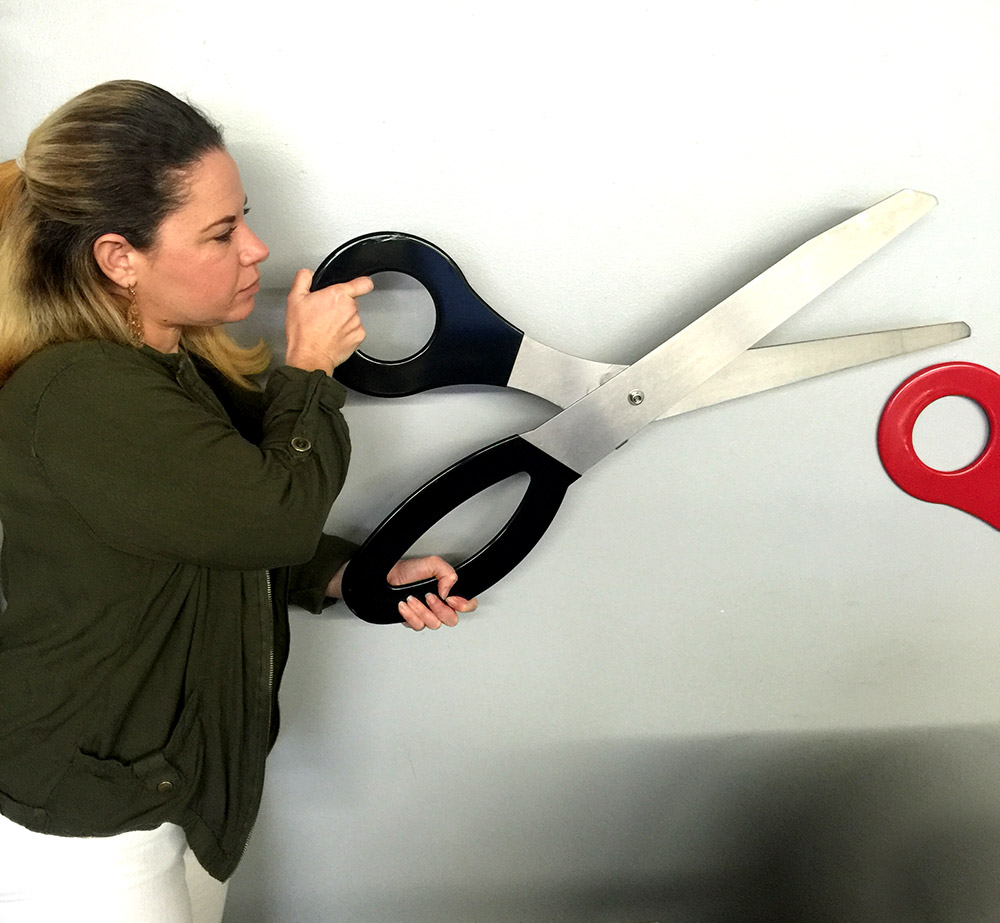 Giant scissors for grand openings los angeles partyworks for Big scissors for gardening