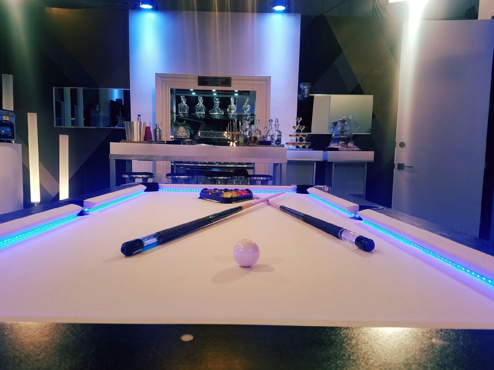 ... Led Pool Table Rental (1)