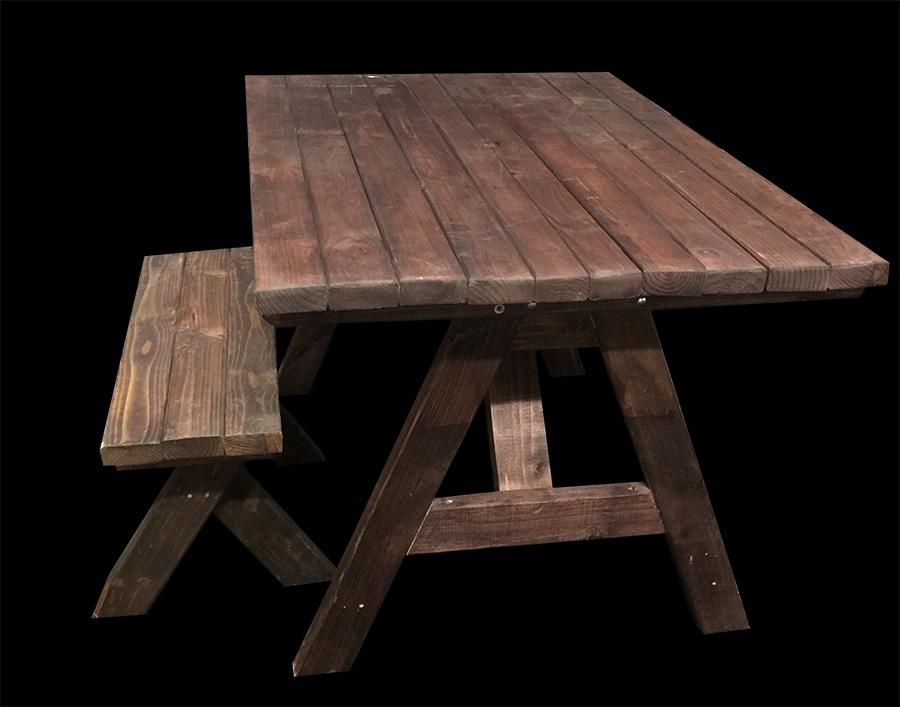 Sweet Heart Picnic Table