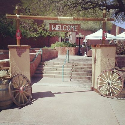 Western Welcome Entrance